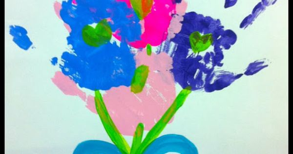 Mother's Day Hand print Bouquet, such a cute kids craft!