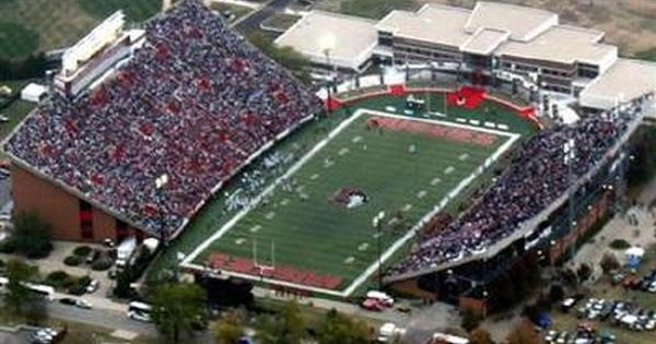 Cfq College Football Quest Trip Report Cmu Niu Football Stadiums Northern Illinois Huskies Stadium