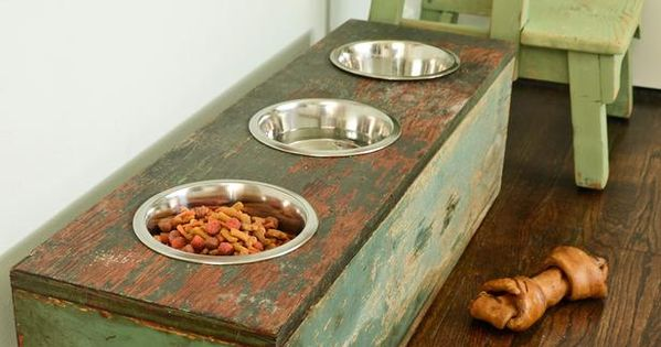 Pet Feeding Station from 40 Crafty Handmade Gift Ideas : Decorating :