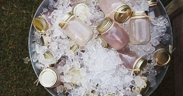 Mason Jar Cocktails! neat summer party idea ;)