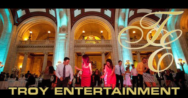 Troy Entertainment Provides Cleveland Wedding Djs Event Lighting And More Throughout The Northeast Ohio Regio Cleveland Wedding Event Lighting Northeast Ohio