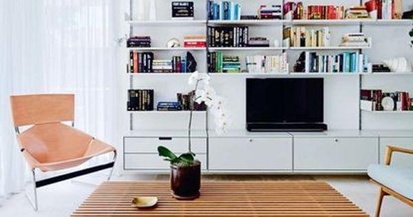 House Tour A Spacious Sydney Apartment And Home To A Former Magazine Editor Interior Living Spaces Home