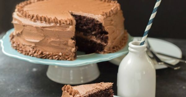 Hot Chocolate Cake with Chocolate Buttercream Frosting