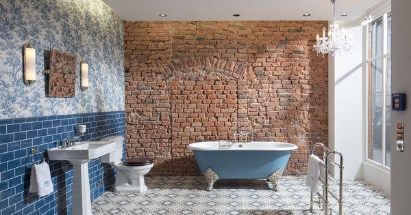 Das Badezimmer Bristol Im Nostalgischen Stil Lasst Die Herzen Aller Freunde Des Englischen Lifestyle H Traditionelle Bader Bad Einrichten Badezimmer Englisch