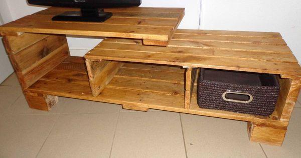 Meuble tv en palette meuble palette pinterest for Meuble tv palette