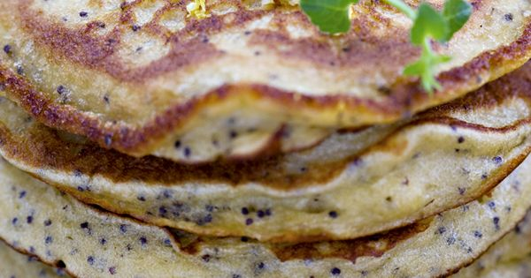 breakfast Yuzu Poppy Seed Quinoa Pancakes! healthy