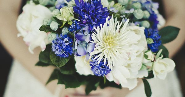 blue wedding flower bouquet, bridal bouquet, wedding flowers, add pic source on