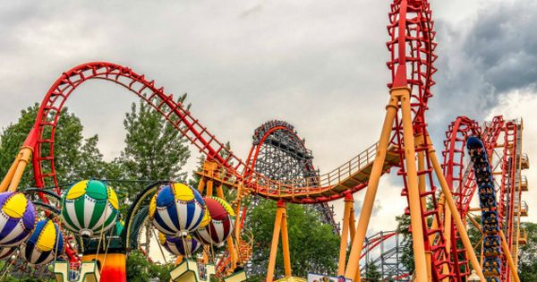 13 Tips To Make Your Six Flags Over Georgia Visit More Fun Mamalicious Maria Six Flags Six Flags Season Pass Theme Park
