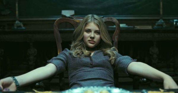 Chloe Moretz In Dark Shadows 2012 Movie Image 2 Chloe Grace Moretz Chloe Grace Sombras Da Noite