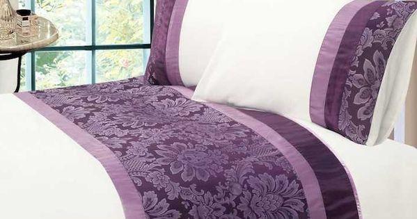 Schlafzimmer Aubergine Farbe