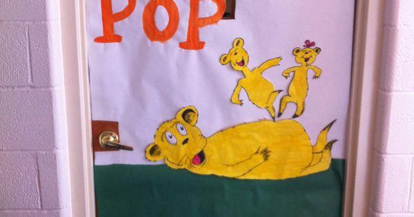 Hop On Pop Door For Dr Seuss Craft Ideas Pinterest