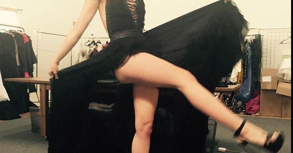 Lily Collins Legs | jo...