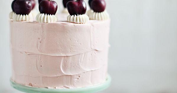 Cherry vanilla cake with swiss meringue healthy Dessert Dessert health Dessert| http://dessert635643.blogspot.com