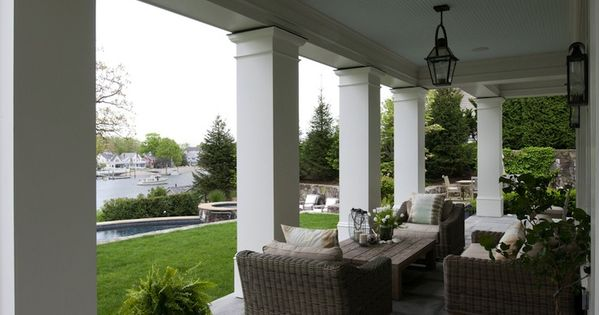 this patio has such grand exaggerated scale- i love the large ... - Patio Columns Design