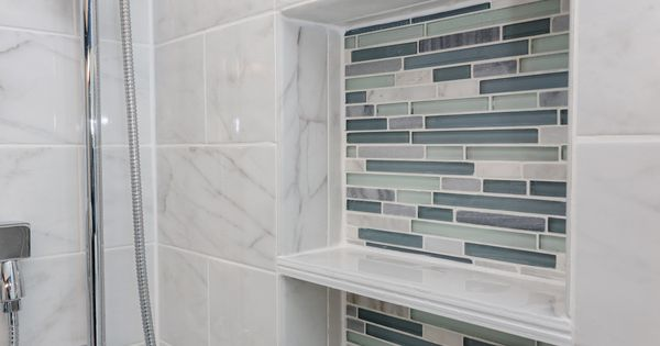 Arleystone Bliss Linear In Waterfall Mosaic Tile Accents