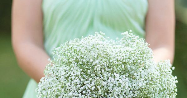 mint wedding bridesmaid with babies breath bouquet