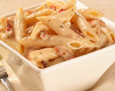 Penne Pasta with Sun Dried Tomato Cream Sauce LOVE sundried tomato stuff