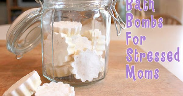 What a great Christmas gift idea!! Homemade Bath Bombs For Stressed Moms?