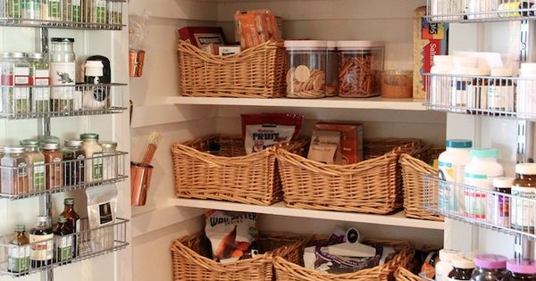 Great pantry cabinet ~ need to remember to make use of the