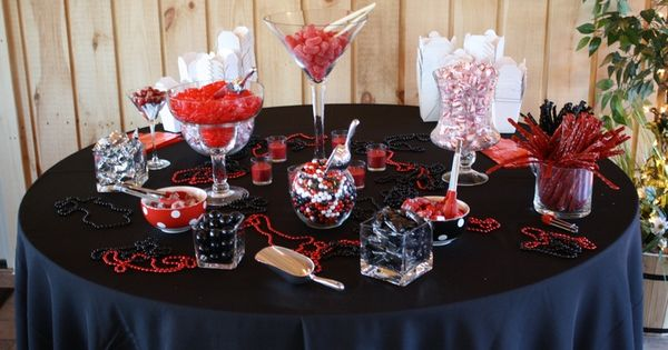 Red and black graduation centerpieces ideas