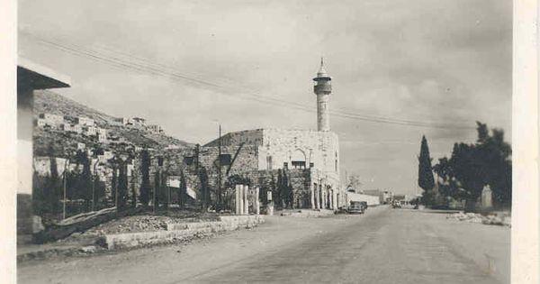 نابلس نابلس شارع الملك فيصل و جامع الحاج نمر النابلسي الى اليسار 43537 فلسطين في الذاكرة