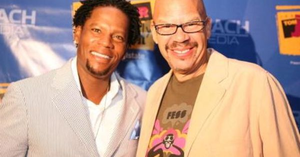D L Hughley Radio Show Coming To A Station Near You Or Maybe Not Tv On The Radio Radio Teaching History