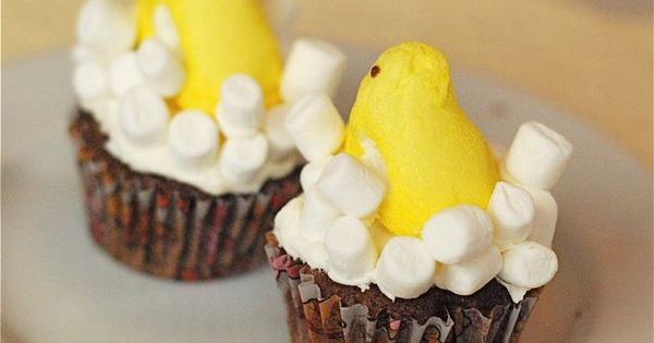 Super Fun Easter Treats made with Peeps! @Christi | Love From The