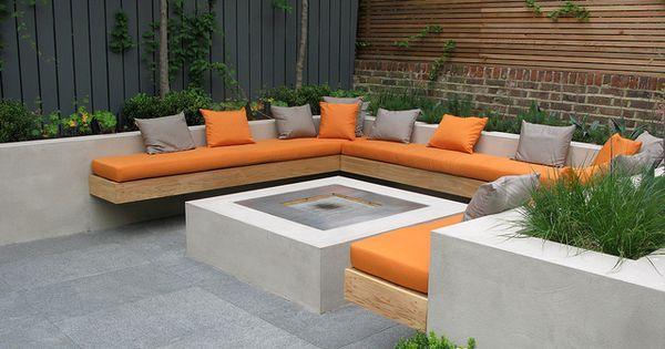 Une superbe terrasse am nag e dans un jardin de ville terrasse pinterest jardins facebook - Terrasse jardin ville tours ...