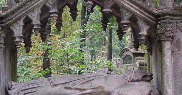 Tomb Of Armenian Archbishop Samuel Cyryl Stefanowicz Cemeteries Cemetary Burial Site