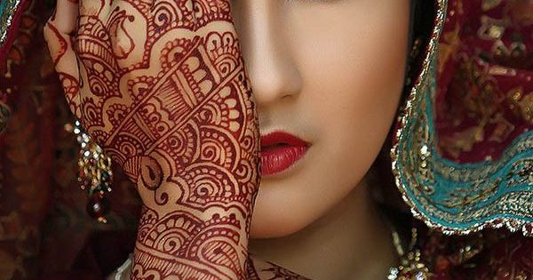Mehndi Eye Tattoo : Gorgeous portrait women of the world beauty eyes hand