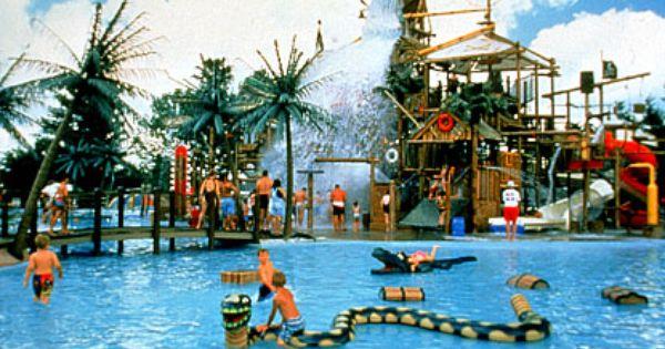 Six Flags Hurrican Harbor Arlington Tx Water Parks In Dallas Hurricane Harbor Hurricane Harbor Texas