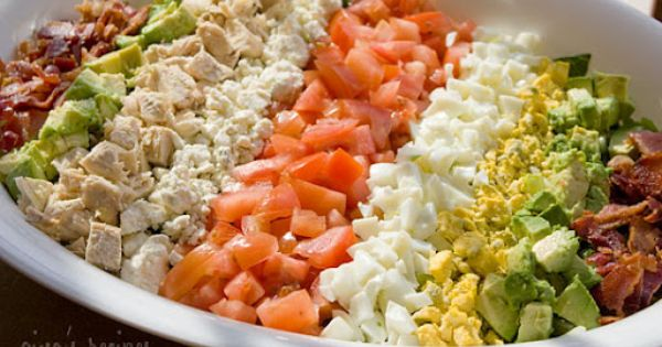 Cobb Salad | Skinnytaste. Great lunch or dinner salad