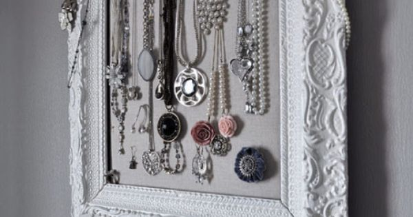 jewelry display! Picture frame & cork board