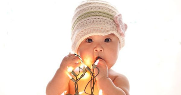 Cute baby Christmas photo ideas