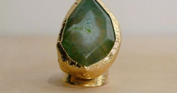 EMERALD CIGAR RING