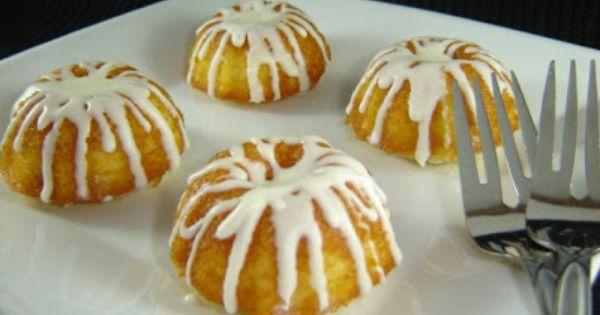 Mini Bundt Cakes | Mini Bundt Cakes | Pinterest | Bundt Cakes, Minis ...