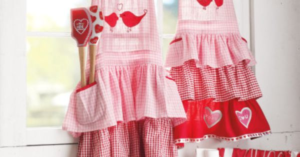Sparkly Valentine Apron by Mimi/'s Magic Apron Pink and Red hearts.