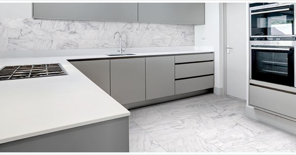 Hd porcelain tile looks like a convincing carrara marble for Classic kitchen floor tile
