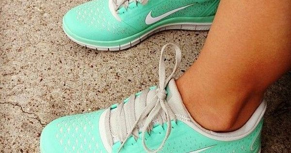 nike shoes, cheap nikes, pink nikes, hot punch nikes, tiffany blue nikes,