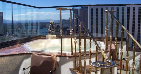 Convenient Luxury Downtown Las Vegas Hotel Suites Las Vegas Suites Las Vegas Hotels Las Vegas Hotel Suites
