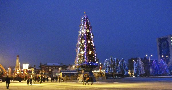 Новый год 2018 в Саратове - http://god-2018s.com/tury/novyj-god ...