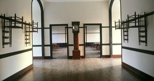 Shaker Hallway Shaker Style Shaker Furniture Traditional House