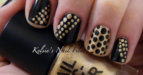 black and gold nail art manicure nails