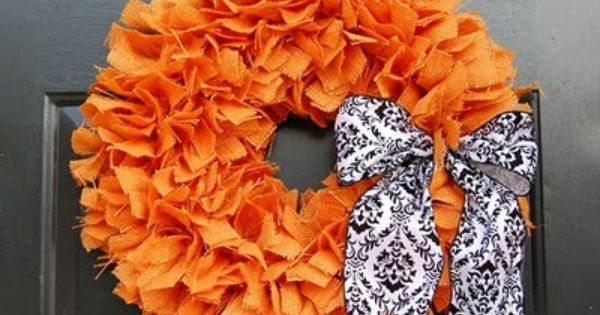 halloween wreaths ideas orange burlap black white decorative bow