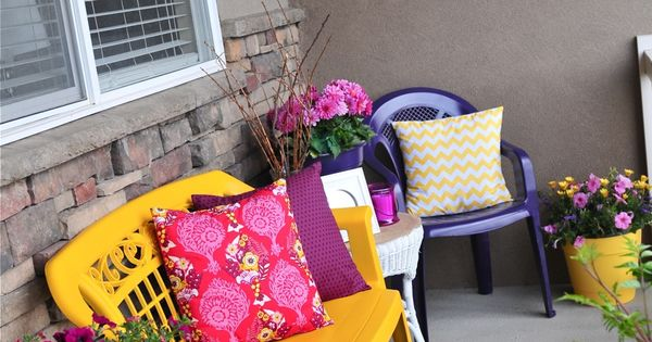 Use Bright Cheery Plastic Spray Paints On Inexpensive Plastic Chairs For A Personalized Budget