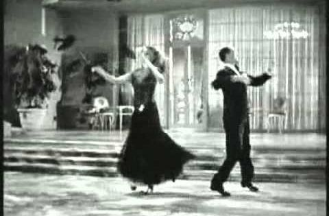 Fred Astaire And Rita Hayworth I M Old Fashioned 1942 Youtube Nan Wynn Dubbed Rita S Singing Rita Hayworth Fred Astaire Dancing In The Dark