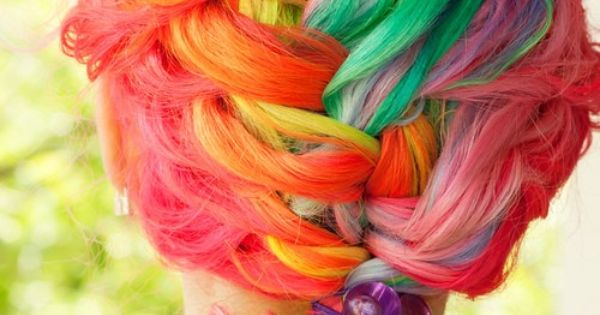 We love color!! Hair Color Ideas 2012 – The Latest Trends (w/