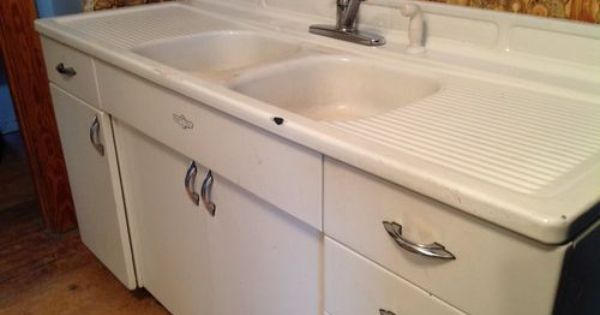Vintage youngstown steel enamel kitchen sink counter for Kitchen cabinets youngstown ohio