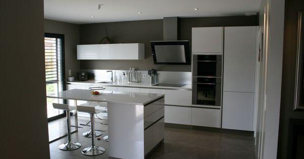 Photo n 567685 d coration cuisine rhone 69 for Aviva cuisine lyon