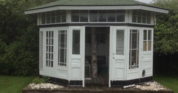Garden Shed Made Out Of Old Doors Garden Deco